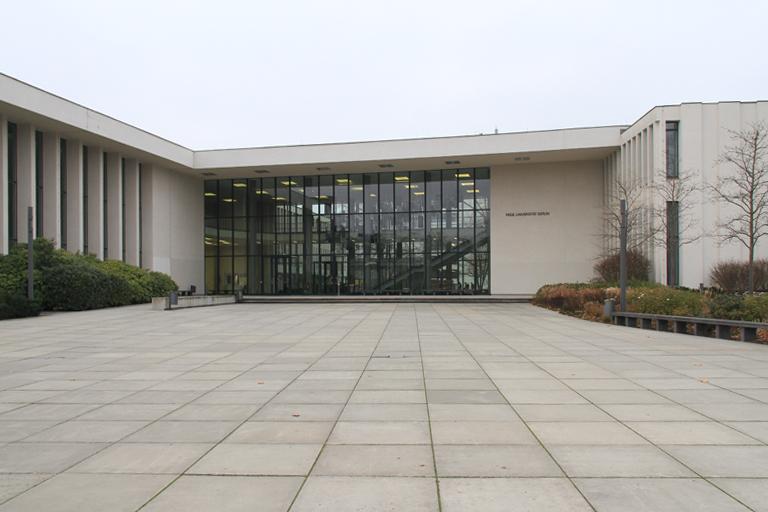 Henry - Ford - Bau der Freien Universität in Berlin Dahlem; Veranstaltung der VgK e.V. Wissenschaft und Kunst